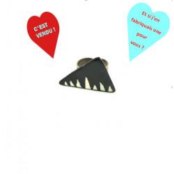 La bague triangle WAX